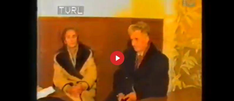 25 decembrie 1989: Nicolae și Elena Ceaușescu sunt executați la Târgoviște. Ultimele cuvinte ale Ceaușescu: Trăiască Republica Socialistă România, liberă și independentă