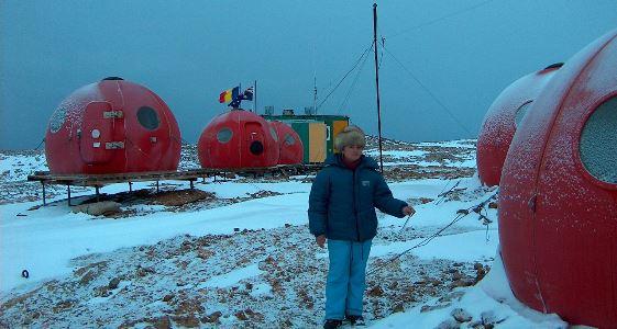 Calendarul zilei 13 ianuarie: 15 ani de la inaugurarea primei stații permanente românești din Antarctica. A fost pierdută de statul român în 2015
