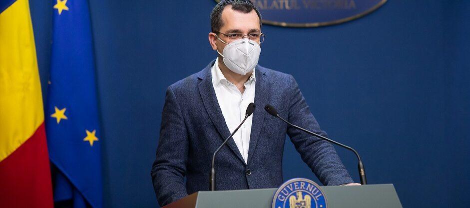 Ministrul Vlad Voiculescu preferă un certificat electronic de liberă trecere pentru vaccinați. O nouă segregare?