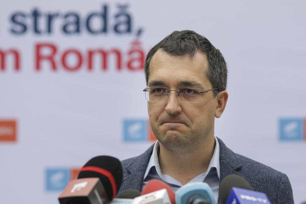 Ultimele zile ale lui Voiculescu la ministerul Sănătății? PSD depune moțiunea la Camera Deputaților