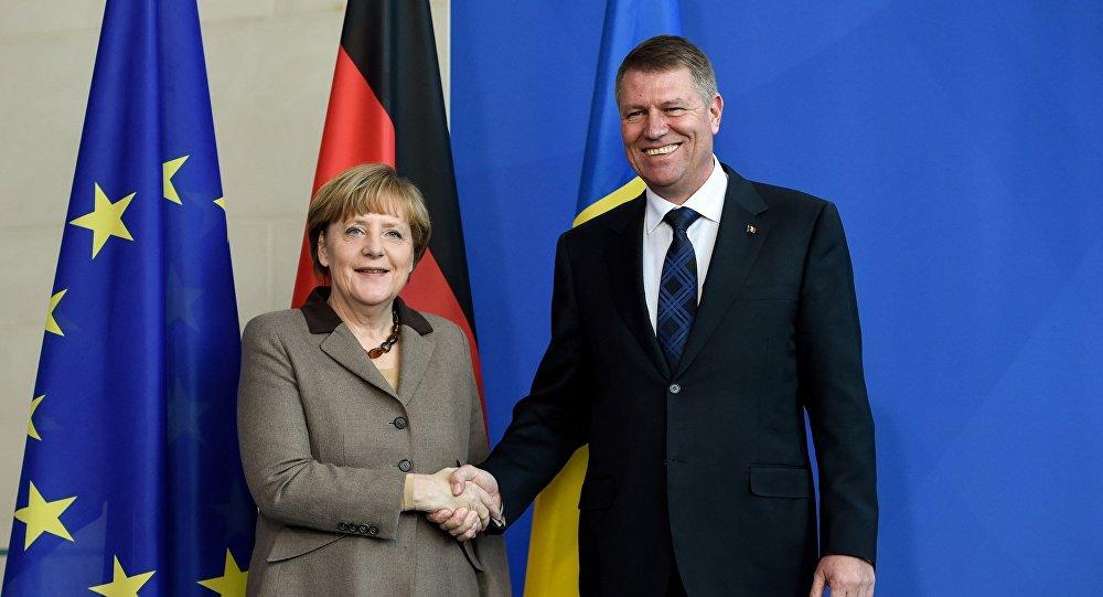"""Angela Merkel și Klaus Iohannis subliniază că """"egalitatea de gen"""" este o prioritate, indiferent de condiții"""