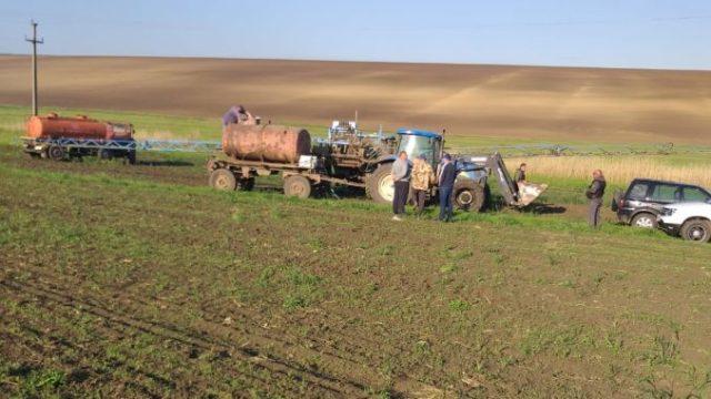 Fermier: Comcereal a venit noaptea și mi-a distrus 65 de hectare semănate cu floarea-soarelui!