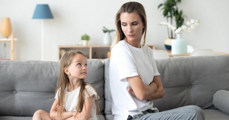 15 minciuni ale copiilor pe care părinții le cred mereu