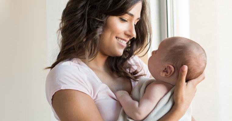 Ce veste grozavă! Atletele mame care alăptează pot să își aducă bebelușii cu ele la Olimpiadă
