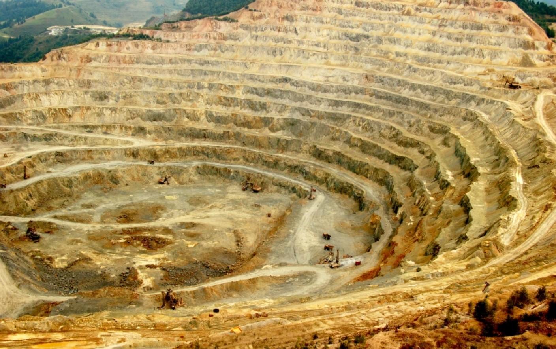 Discuţiile despre includerea sitului Roşia Montană în Patrimoniul Mondial UNESCO au fost reprogramate