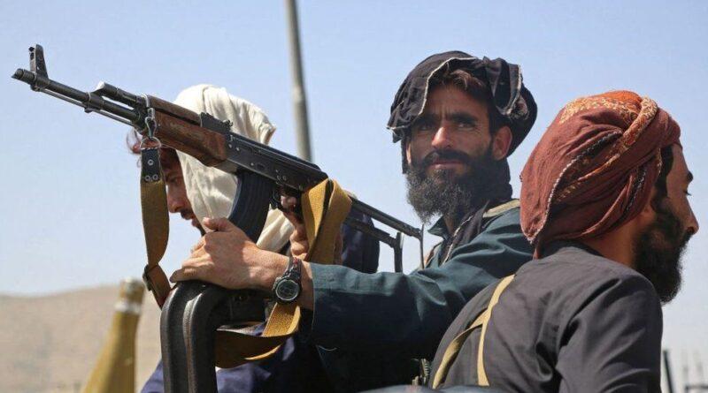 RĂZBOI: Talibanii au plecat într-un convoi militar către Valea Panjshir –