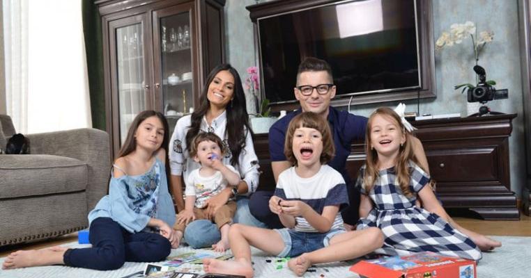 """Anca Serea și-ar dori să extindă familia: """"Ne dorim și al șaptelea copil"""""""