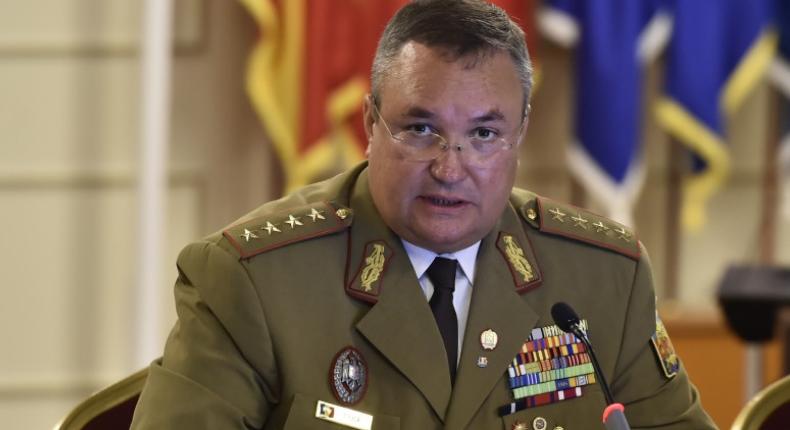 Generalul Ciucă o atacă pe Diana Șoșoacă (AUR). A ordonat instituțiilor statului să o verifice