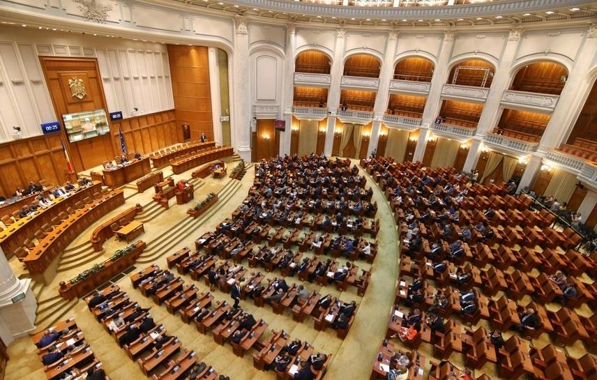 Partidele și-au împărțit comisiile din Parlament. UDMR a primit comisia pentru politică externă, pe cea pentru administrație și pe cea pentru mediu