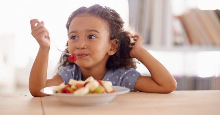 7 moduri prin care micul dejun poate influența sănătatea copilului tău