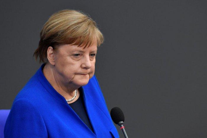 Angela Merkel a făcut praf strategia de vaccinare a Germaniei