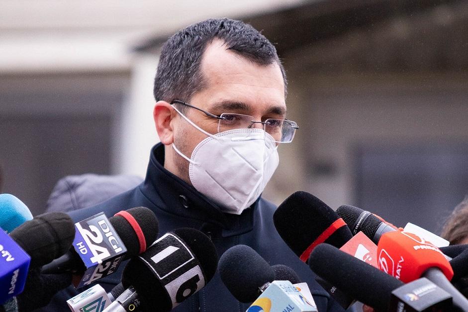 """Ministrul Sănătății, Vlad Voiculescu, de acord cu pașaportul de vaccinare. """"Aş prefera un certificat electronic, pe telefon"""""""