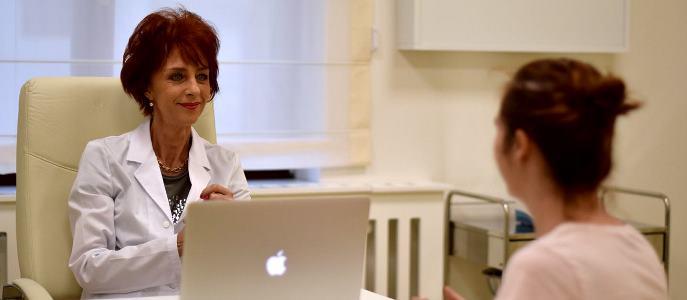 Dr.Flavia Groșan, medicul care a vindecat aproape 1.000 de pacienți de covid, fără o zi de spitalizare