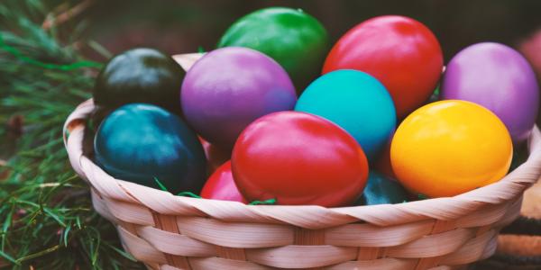 PAȘTI 2021 | Trucuri utile pentru cele mai frumoase ouă vopsite natural