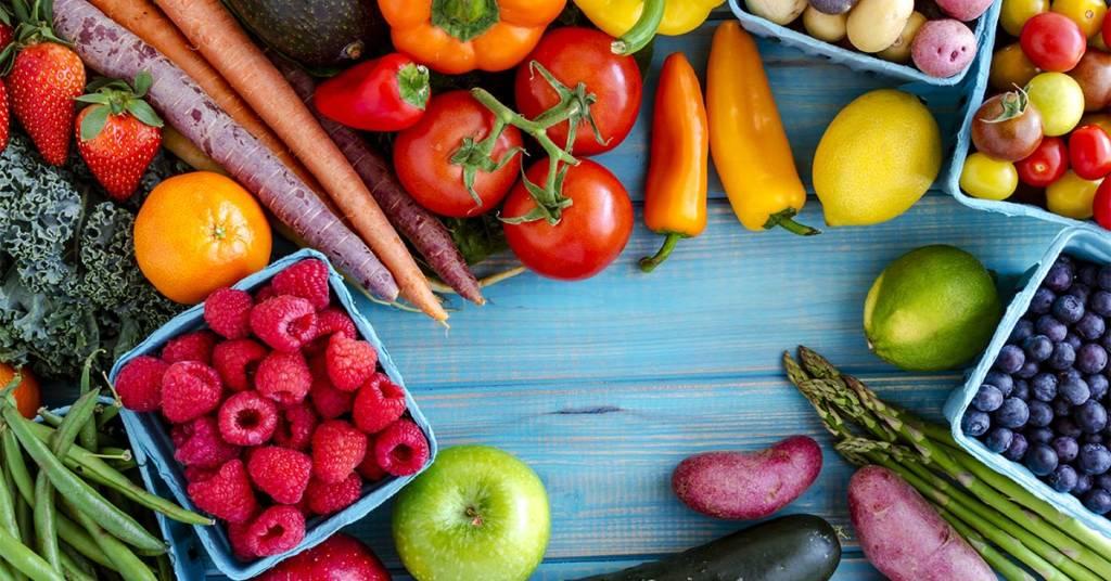 România importă peste 90 de tone de fructe și legume în fiecare lună