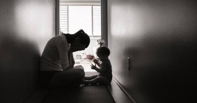 Dramă în Maramureș: o mamă și-a ucis copiii în bătaie, într-un acces de furie. Ce a determinat-o să facă un asemenea gest