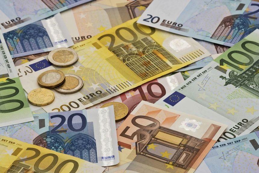 BNR anunță că datoria externă a României a crescut cu 1,048 miliarde de euro, de la începutul anului 2021