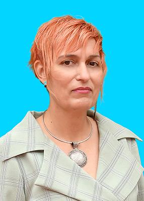 """Ionela Neagoe, director al C.N. Gheorghe Lazăr, București, despre Dove – Ai încredere în tine: """"Stima de sine și relațiile bazate pe încredere sunt calea către succesul personal și profesional"""""""