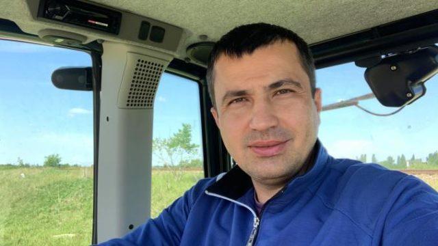 Un fermier le cere Președintelui și Premierului să îl destituie pe Adrian Oros din funcția de ministru al Agriculturii
