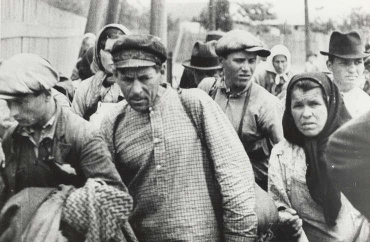 Calendarul zilei 6-7 iulie: Cel mai mare val al deportărilor staliniste din Basarabia și Nordul Bucovinei