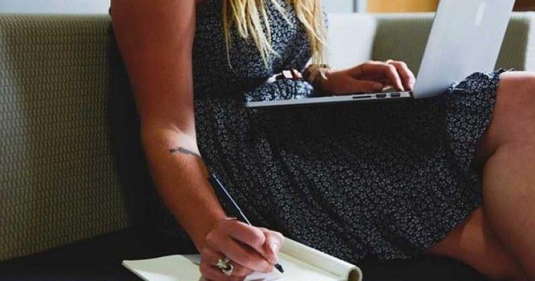 8 lucruri pe care trebuie sa le știe femeile antreprenor online
