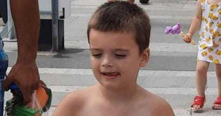 Un copil de 5 ani din Neamț s-a pierdut pe plaja din Mangalia