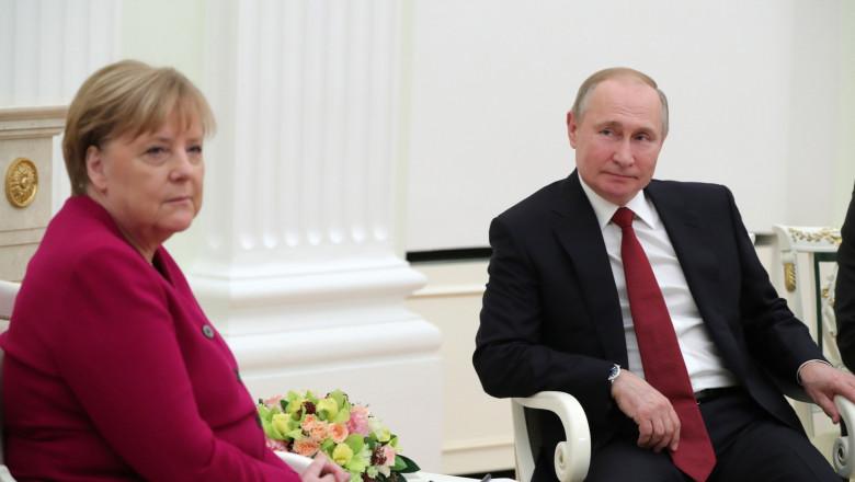 Angela Merkel s-a întâlnit cu Vladimir Putin, la Moscova: Rusia și Germania trebuie să continue dialogul, în pofida diferendelor